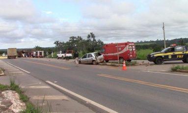 Motorista de carreta envolvida em grave acidente não resiste e morre preso às ferragens