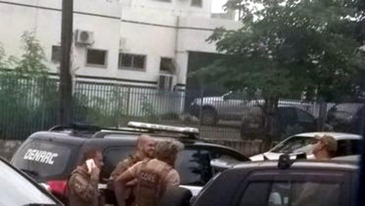 Polícia Civil faz operação para recolher armas dos peritos e causa revolta na categoria