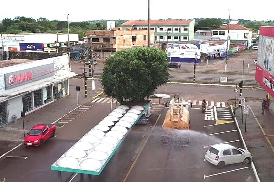 Prefeitura faz desinfecção sanitária no combate a Covid-19