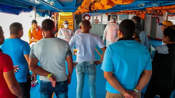 Barreira sanitária no porto Cai N'Água orienta passageiros sobre Coronavírus