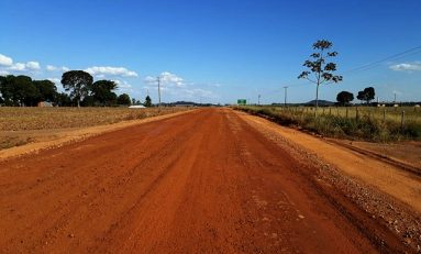 Governo de Rondônia atende comunidade de Pimenteiras e recupera asfalto da BR-435
