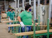 Cabos de vassouras fabricados em RO são exportados para Estados Unidos, México, Holanda, Canadá, Alemanha e Inglaterra