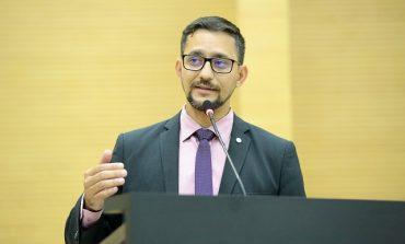 Deputado Anderson Pereira repudia priorizar vacinação de apenados