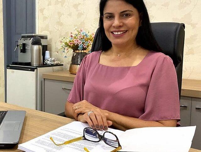 Glaucione Rodrigues volta atrás e diz que continuará candidata nas eleições deste ano