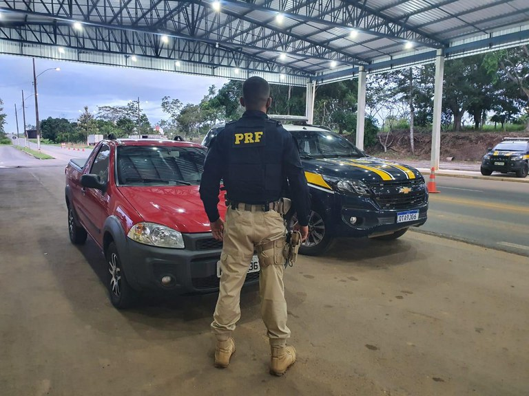 Em Ji-Paraná/RO, PRF identifica veículo utilitário clonado