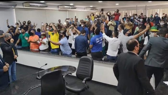 Sob pressão, vereadores negam aumentos de salários em Ji-Paraná