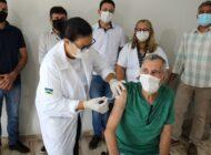 Cabixi: primeiras doses da vacina contra a Covid-19 são aplicadas em profissionais da Saúde
