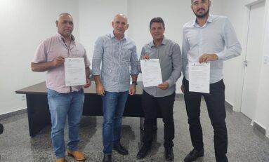 Deputado Ezequiel Neiva firma parceria com vereadores para mais investimentos no município de Cerejeiras