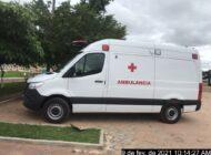 Prefeitura recebe nova ambulância para atender a população de Chupinguaia.