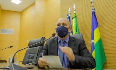 Ezequiel Neiva cobra do governo a recuperação salarial dos policiais militares
