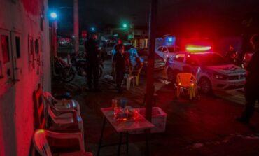 """Porto Velho: na 6ª noite da """"Operação Emergência"""", agentes de fiscalização flagram aglomerações e festas clandestinas"""