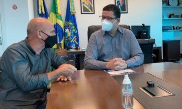 Corumbiara: Deputado Ezequiel Neiva anuncia investimentos na infraestrutura da escola São Roque