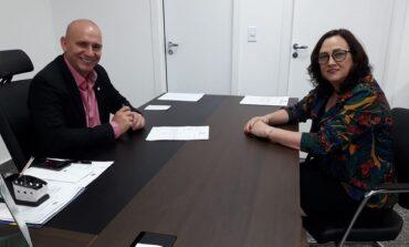 Deputado Ezequiel Neiva anuncia 20 km de microrevestimento asfáltico para Cerejeiras