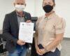 Deputado Ezequiel Neiva firma parceria para compra de ambulância ao município de Vilhena