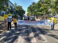 Ji-Paraná: Campanha realizada pelo Detran alerta condutores sobre o risco do uso de celular ao volante